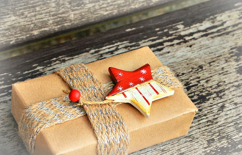 Cette année, pas de cadeaux ringards au pied du sapin : on veut du fun et de l'originalité !